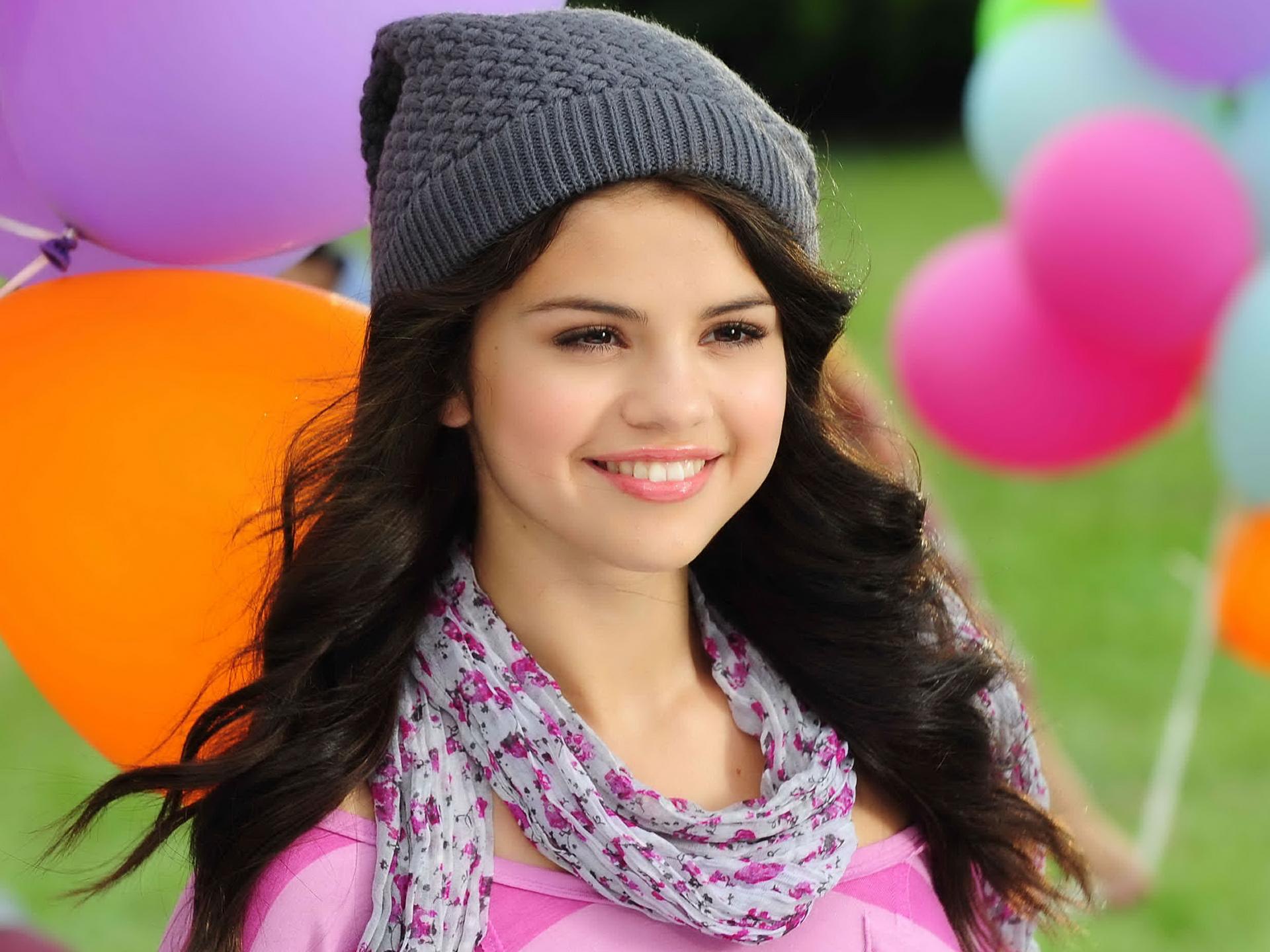 Selena Gomez celebrates her 24th birthday today (22 July 2016) ADRIAN  SANCHEZ-GONZALEZ/AFP/Getty Images