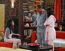 1x12 alex, jerry and theresa