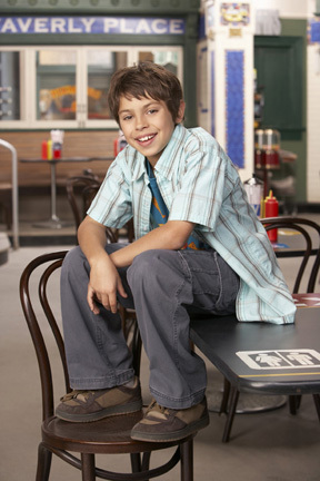 Jake-T-Austin-wizards-of-waverly-place-480607 288 432-1-