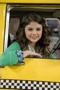 Selena behind the scenes taxi dance