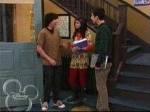 1x05 alex,TJ and justin at high school