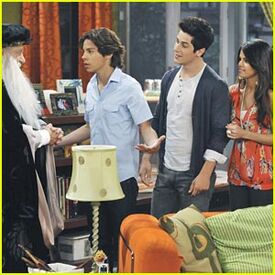 Wizards-waverly-place-final
