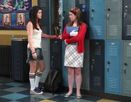 1x07 harper anfry with alex in the high school