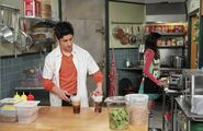 1x11 justin and alex in the kitchen