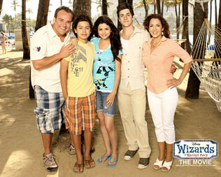 Wizards of waverly place the movie01-1-