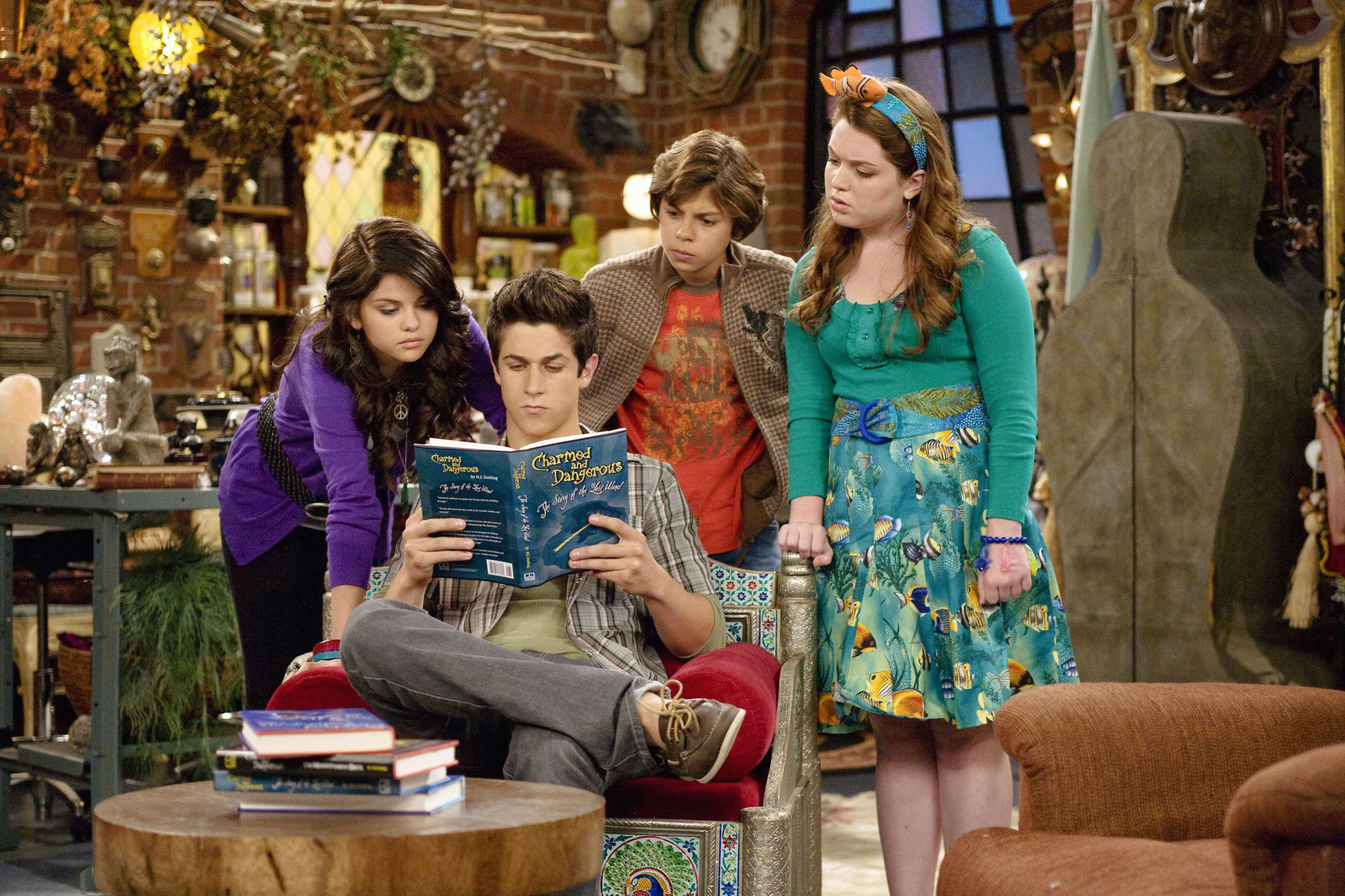 what is the last episode of wizards of waverly place called
