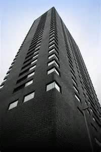 File:Tall building.jpeg