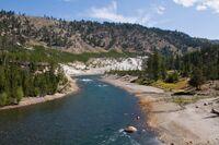 YellowstoneAboveTower1k