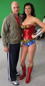 Adrianne-palicki-wonder-woman-shorts-3rd-costume