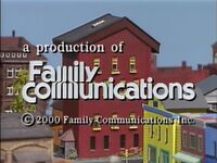 2000 Family Communications Logo
