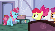 """Mrs. Cake """"don't think they're too worried about it yet"""" S6E3"""