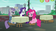 """Rarity """"your hooves must be sparkling clean!"""" S6E4"""