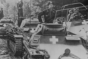 definition and importance of blitzkrieg in the german campaigns of 1939 and 1940 The generally accepted definition of blitzkrieg operations include the use of  the blitzkrieg legend: the 1940 campaign in  the german army 1939.