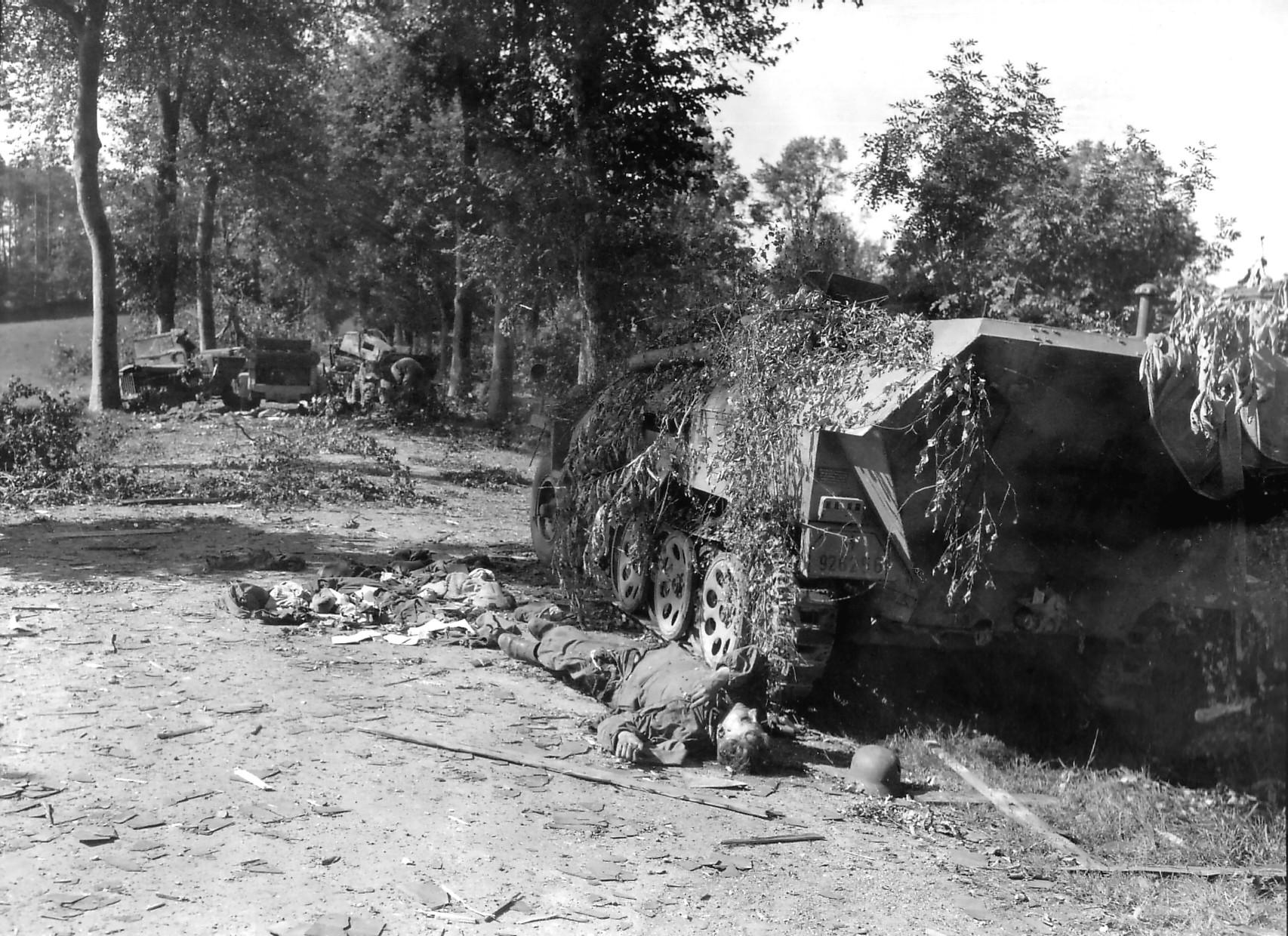 SdKfz 251 Battle of Mortain