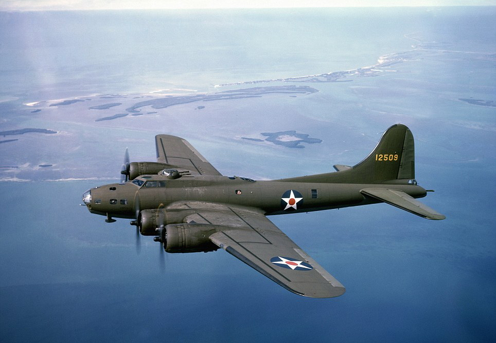 Boeing B-17 Flying Fortress | World War II Wiki | FANDOM ...