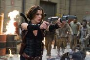 Resident-evil4-afterlife 22