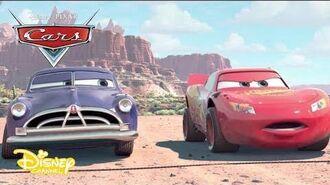 Cars La Repetición Corriendo Sobre Tierra Ruedas Superveloces