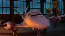 Clip-azzurra-planes