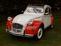 Citroen 2CV RetrowWarwick Classic Car Show August 2017