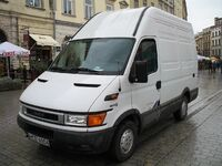1280px-Iveco Daily 35S11 in Kraków