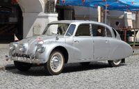 1280px-Tatra 87 front (Foto Hilarmont)