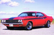 1970-Dodge-Challenger-Six-Pack-01