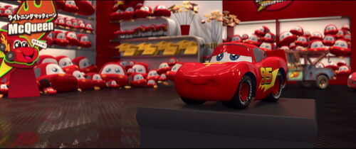 Cars2-disneyscreencaps.com-2179