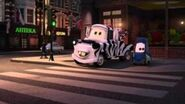 Cars 2 obey traffic signals