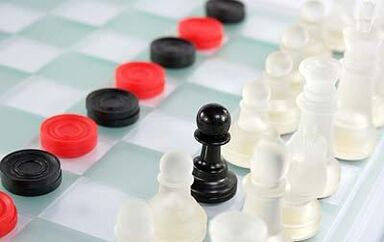 50433-400x252-Checkers and chess istock