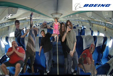 File:Boeing.jpg