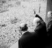 Churchill waves to crowds