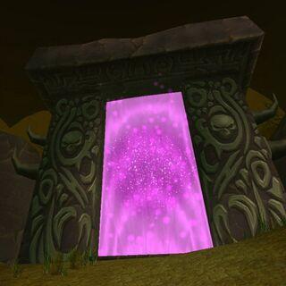 Otwarty Mroczny Portal na Czarnym Bagnisku (<i><a href=