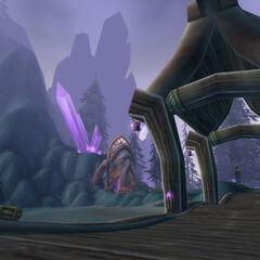 Вид на боковой вход в Экзодар с пристани, куда приплывает корабль в деревню Рут'теран.