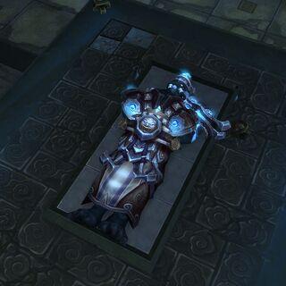 Ciało Lei Shena spoczywające w grobowcu