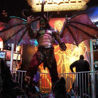 Скульптура Иллидана на выставке E3. Сейчас находится в главном офисе Blizzard.
