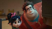 Wreck-it-Ralph-Trailer-Image