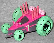 Ice screamer toy