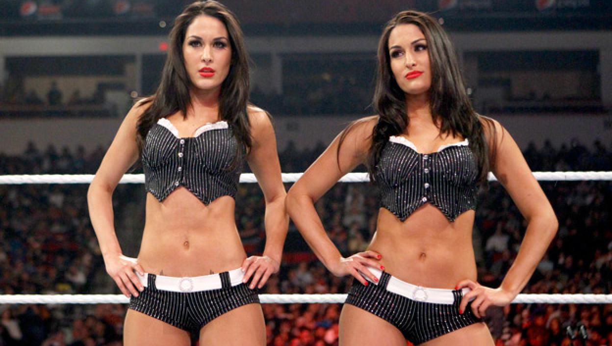 Nikki Bella News, Pictures, and Videos m