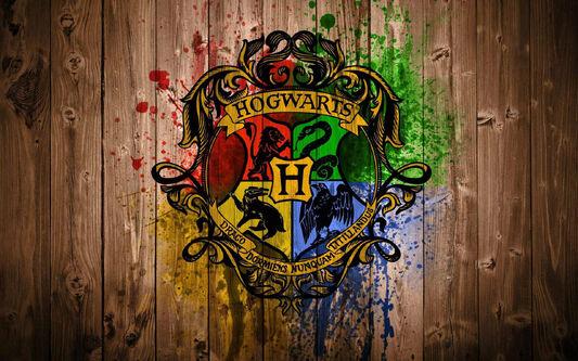 Hogwarts-logo-harry-potter-18396