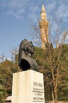Popierise sułtanki Ayse Hafsy w Manisie