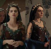 Mihrimah i mahidevran w tej samej sukni