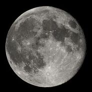 250px-Full Moon Luc Viatour