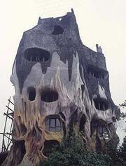 Odd houses16