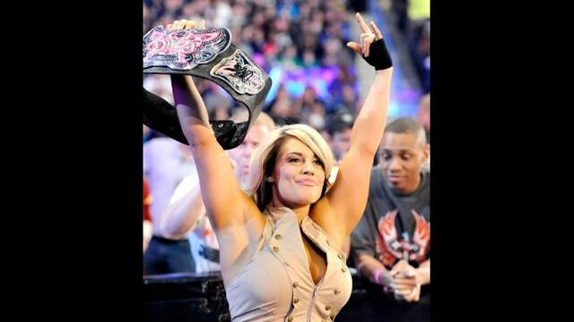 File:Kaitlyn as divas the divas champion.jpg