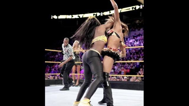 File:Alica fox vs naomi.jpg