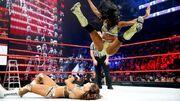 Naomi vs eve tlc