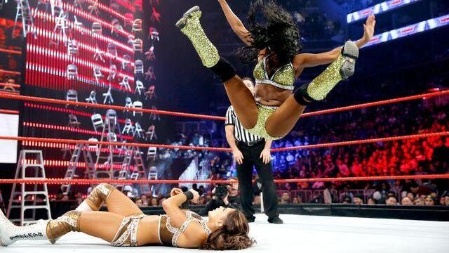 File:Naomi vs eve tlc .jpg