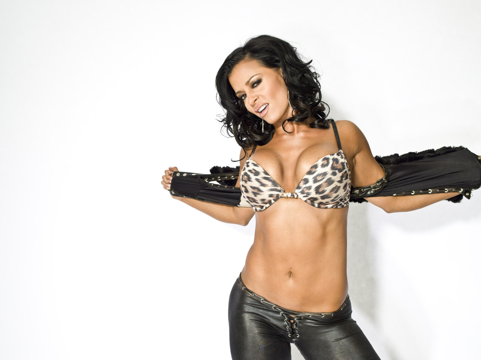 Candice michelle wwe nxt roster wiki fandom powered by wikia - Michelle diva futura channel ...
