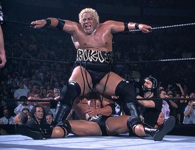 Survivor Series 2000 - The Rock Vs Rikishi 01