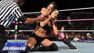 Nikki Bella vs. AJ Lee- SmackDown, Oct. 25, 2013